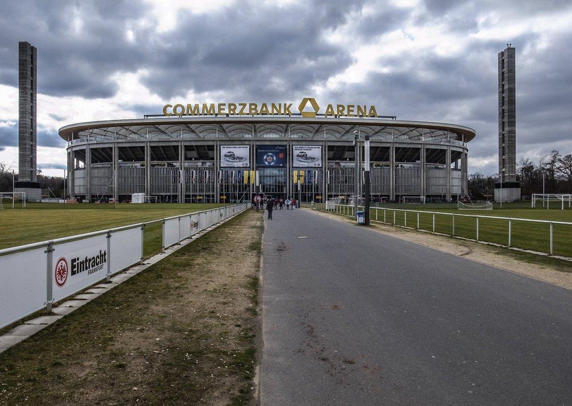 Commerzbank-Arena (Außenansicht)