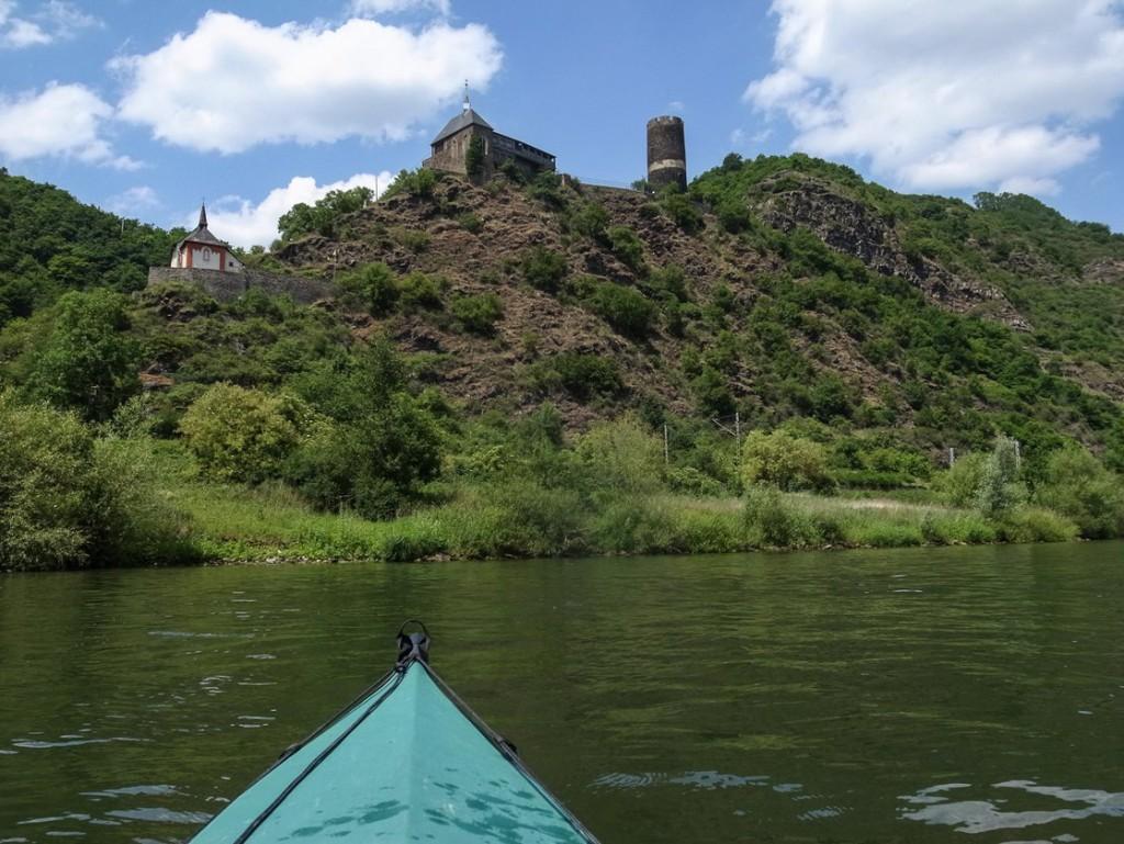 Burg Bischofstein in Burgen