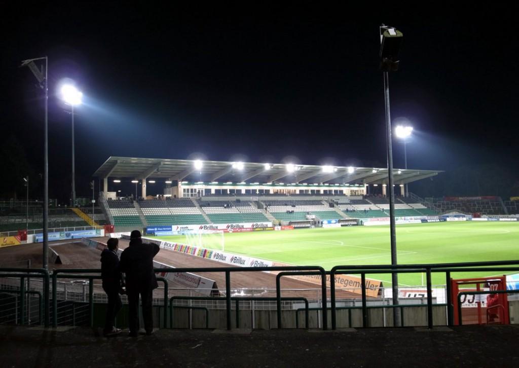 Preußenstadion (Außenansicht)