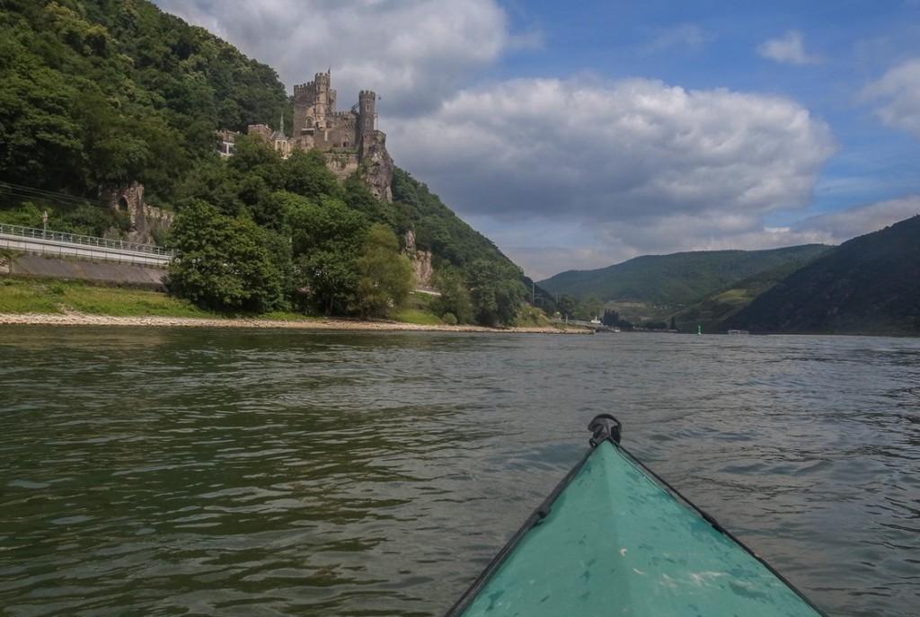 Burg Rheinstein (Rheinkilometer 533)