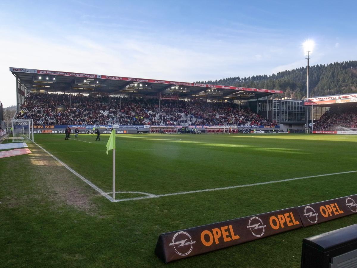 Schwarzwald-Stadion (Innenansicht)
