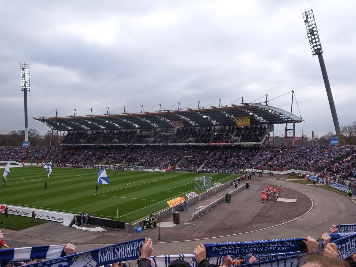 Wildparkstadion (Innenansicht)