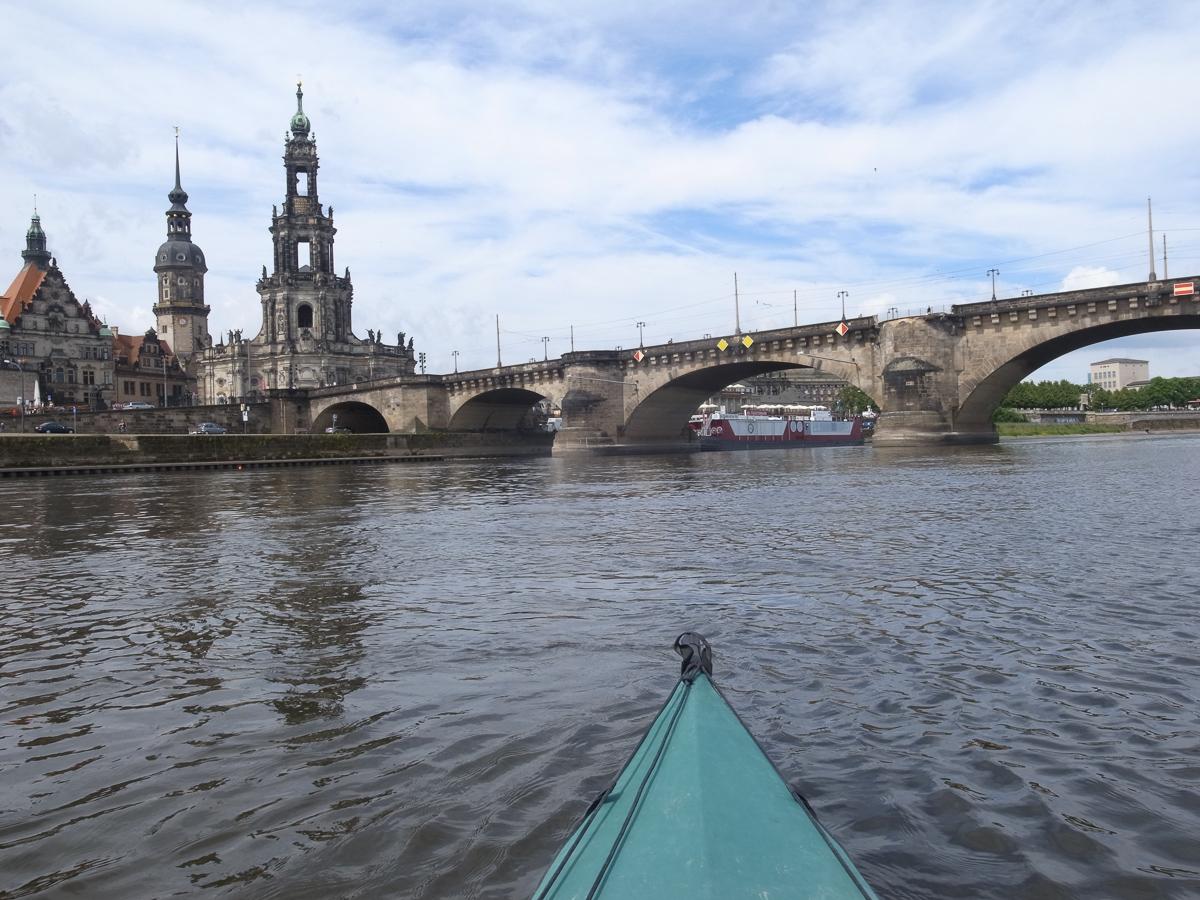 Dresdner Altstadt vom Wasser aus