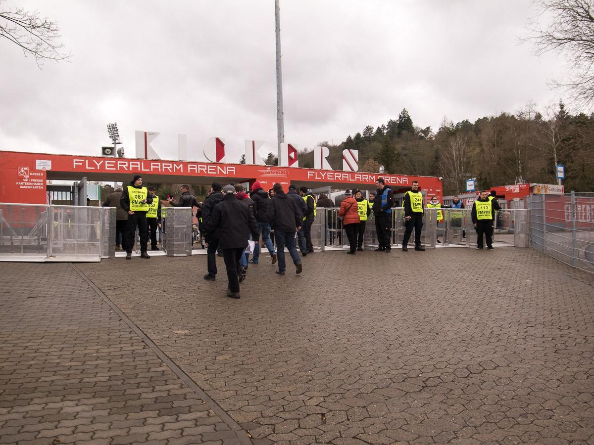 Flyeralarm Arena (Außenansicht)