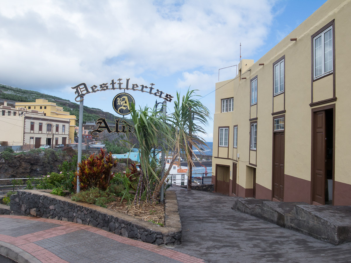 Rum Destillerie in Charco Azul