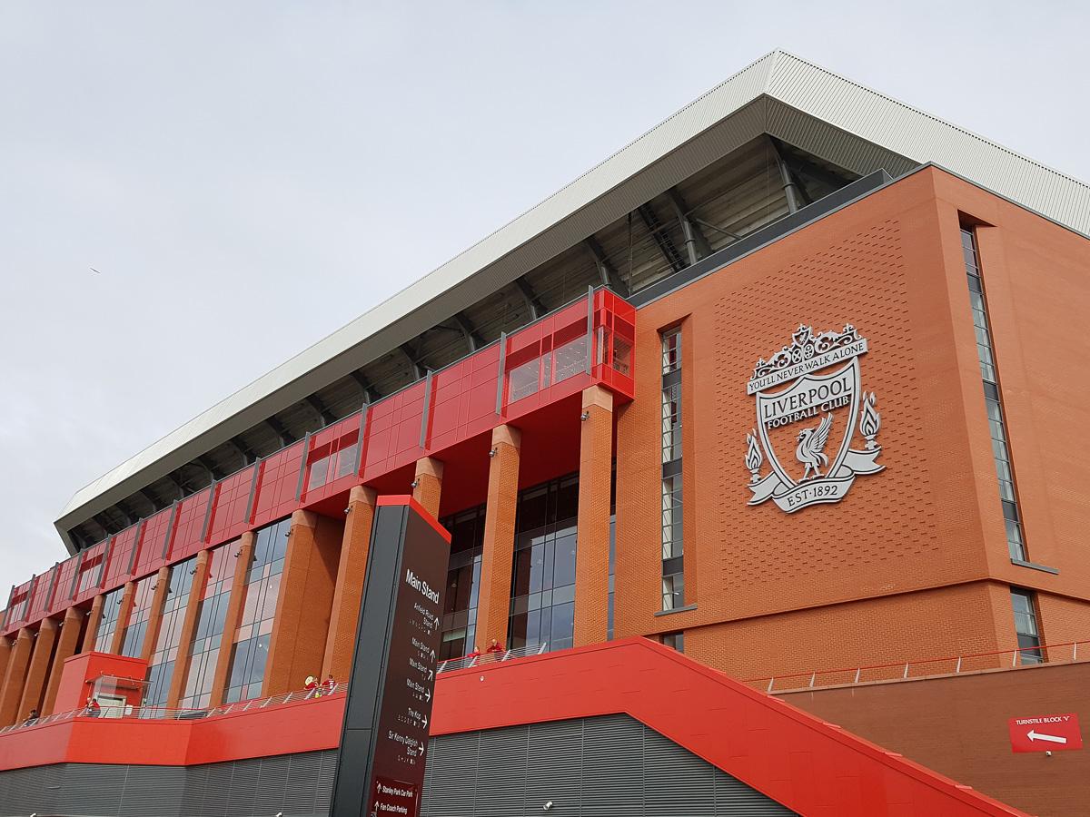 Anfield (Außenansicht)